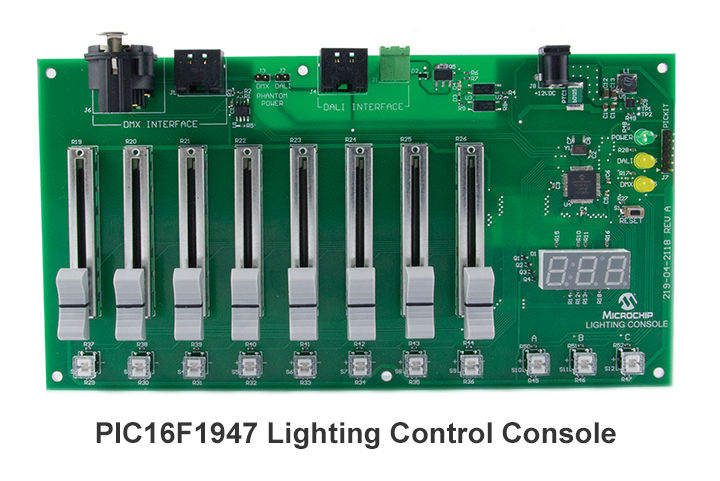 PIC16F1947-lighting-control-console-720x464